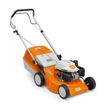 STIHL RM 248.1 könnyen kezelhető benzinmotoros, tolós fűnyíró, 46 cm munkaszélesség