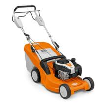 STIHL RM 448 T erős benzinmotoros fűnyíró, fix sebességű meghajtással, 46 cm munkaszélesség